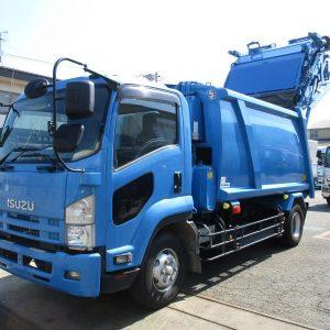 2012 ISUZU Forward Garbage Truck