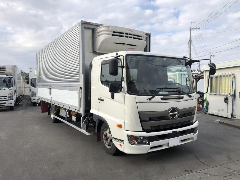 2017 HINO RANGER Freezer Wing Truck