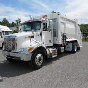 2019 PETERBILT 337 Garbage Truck