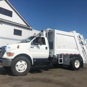 2013 FORD F-750 Garbage Truck