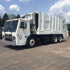 2011 MACK Split-Hopper Garbage Truck