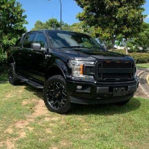 2019 Ford F150 XLT Black 4WD