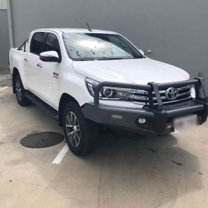 2017 Toyota Hilux White Manual 4WD