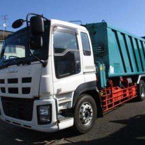 2013 ISUZU Giga Garbage Truck